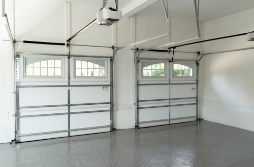 garage with seamless flakes epoxy flooring by floortex industries